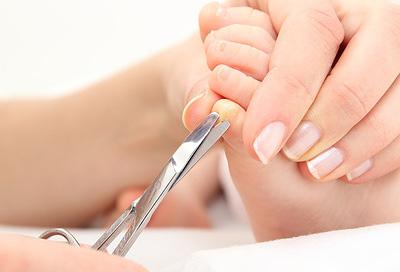 Zehennagel eingewachsener salbe gegen Behandlung eines